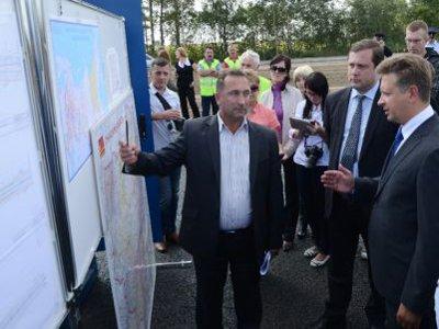 Министр транспорта начал визит на Смоленщину с инспектирования трассы Р120