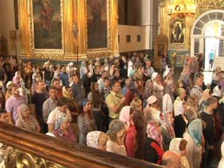 Смоленские православные отмечают Усекновение главы святого Иоанна Предтечи