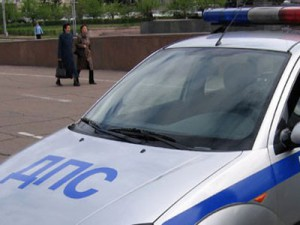 Шофера ВАЗа, задавившего женщину и сбежавшего с места ДТП, нашли по утечке масла
