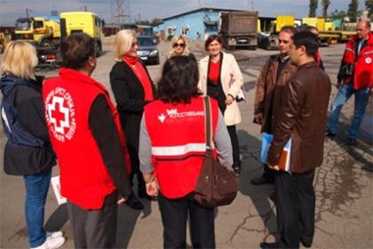 Пострадавшим от наводнения сербам прислали 340 чайников из Казахстана