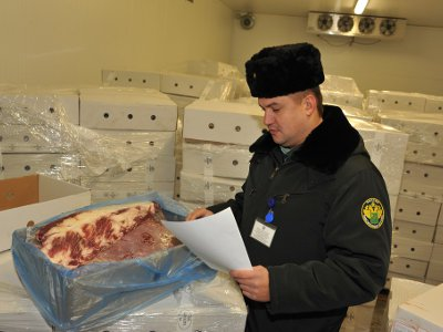 Белорусы пытались ввезти в Смоленск запрещенное польское мясо