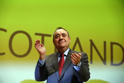 Глава правительства Шотландии ушел в отставку