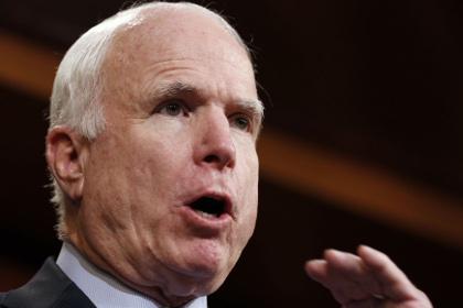Маккейн и двое его коллег призвали ужесточить санкции против Ирана