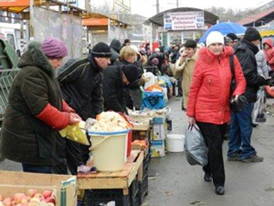 Поток нелегальных торговцев из Белоруссии не уменьшается