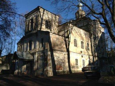 Заселенную в 1979 году церковь лишь сейчас передали городу