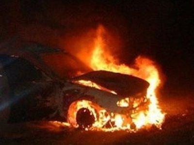 Смолянин спалил машину друга своей бывшей жены