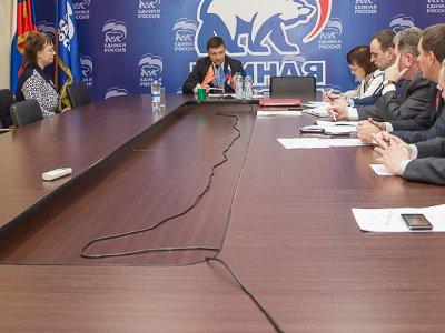 Алашеев пообещал горожанам теплые батареи и места в детсаду