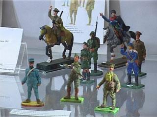 В Смоленске открылась выставка оловянных солдатиков