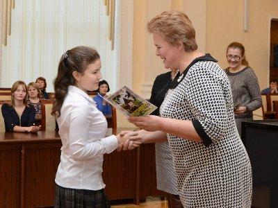 Одаренной молодежи вручили стипендии имени князя Романа Ростиславовича