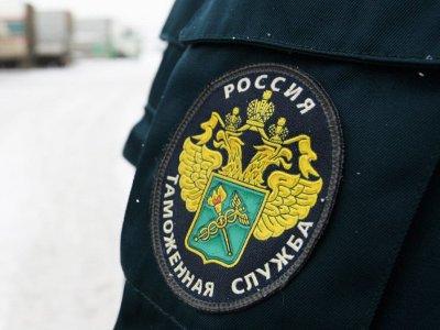 Таможенники собрали почти полмиллиона рублей в помощь Донбассу