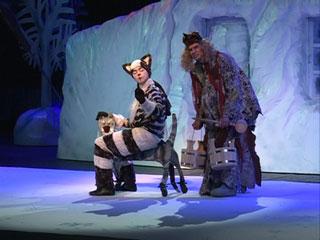В Смоленском драмтеатре поставили новогоднюю сказку про добрую Бабу Ягу и кота Федота