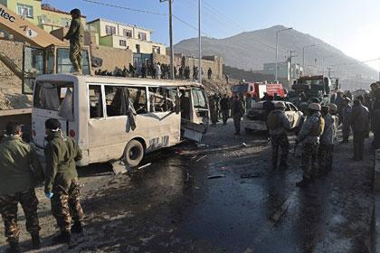 Террорист-смертник атаковал автобус с военными в Кабуле