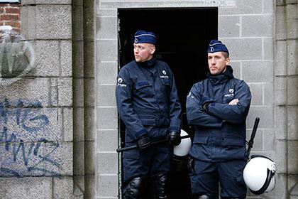 В Бельгии четверо вооруженных людей захватили заложника