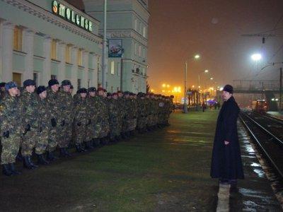 Бойцов «Меркурия» перед отправкой на Северный Кавказ благословил священник