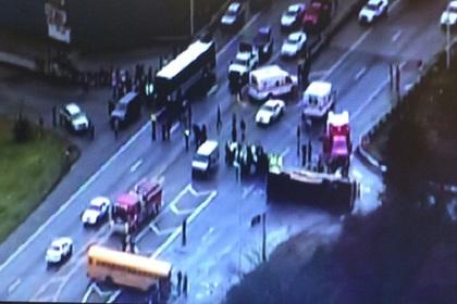 Авария двух школьных автобусов в США привела к жертвам