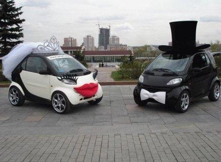 Оригинально декорированный современный автотранспорт на свадьбу от Drive cars
