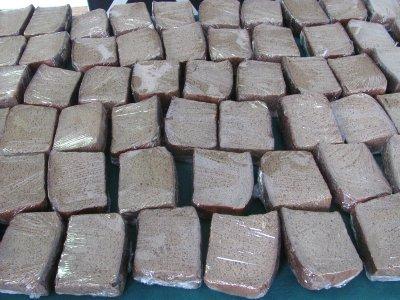 В Смоленске испекли «блокадный» хлеб