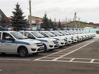 В Смоленске лучшие патрули ДПС получили новые автомобили