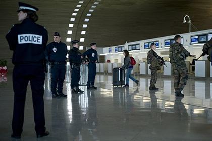 Французские полицейские потребовали выделить им тяжелое вооружение
