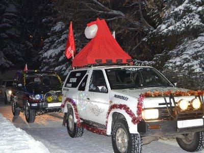 Украшенные по-новогоднему машины отправятся в благотворительный автопробег