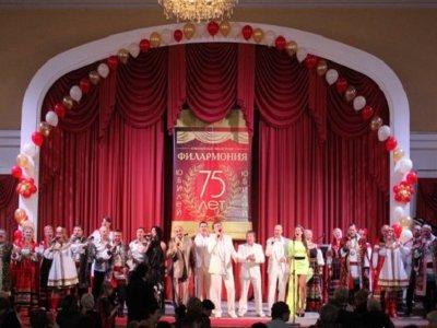 На юбилей смоленской филармонии съедутся молодые дарования со всего мира