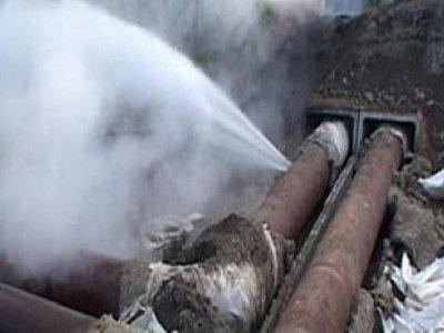 За выходные в Смоленске трижды рвались водопроводные трубы