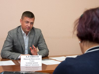 Алашеев «разрулил» ситуации с нехваткой квартир и мест в детсадах