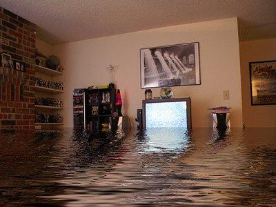 «Квадра» хочет переложить на жилконтроры часть компенсаций за потоп в квартирах