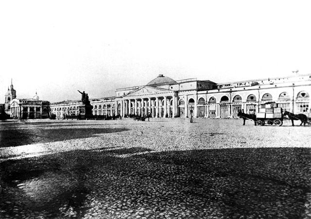Реконструкция старых помещений торговых рядов