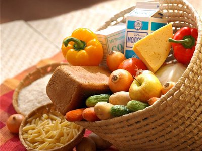За год продовольственная корзина в Смоленске подорожала более чем на треть
