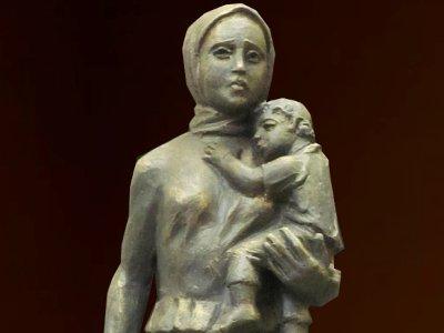 В Ельне появится памятник пережившей войну матери
