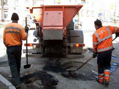 Автомобилистам предложили выбрать улицы для ямочного ремонта