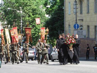 Патриарх предложил провести крестный ход из Крыма в Смоленск