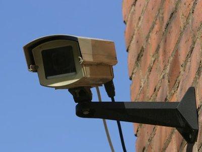 Благодаря видеокамере грабителя поймали раньше, чем на него заявили в полицию