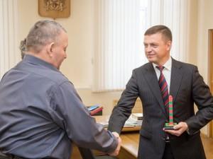 Николай Алашеев получил медаль за патриотизм