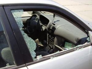 Только отбывший срок смолянин вновь пойдет под суд за кражи из машин