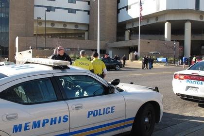 Пять человек ранены при стрельбе возле университета штата Теннесси