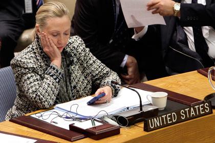 Хиллари Клинтон заподозрили в нарушении закона из-за пользования личной почтой