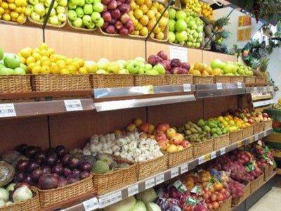Цены на яблоки, картошку и минтай за неделю упали