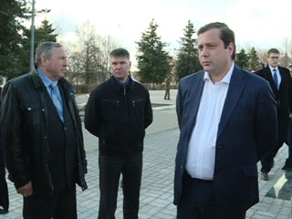 Алексей Островский совершил рабочий визит в Вяземский район
