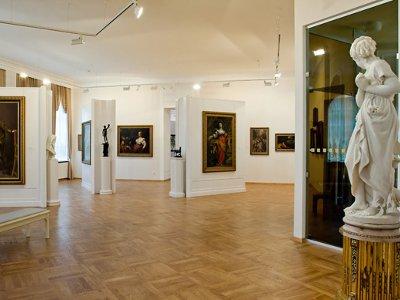 Художественная галерея устроит бесплатные экскурсии в свой день рождения