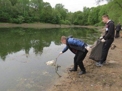 Обмелевшие озера власти начали готовить к купальном у сезону