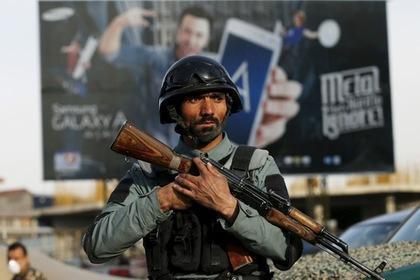В дипломатическом районе Кабула боевики напали на отель