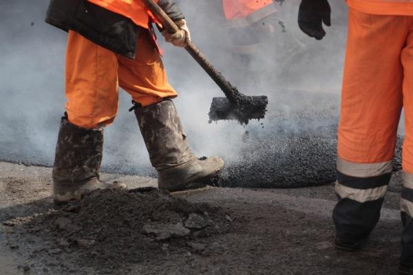 В Смоленске ремонтируют улицу Рыленкова, Тенишевой и 2-й Верхний Волок