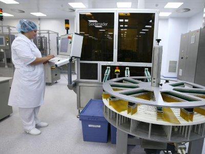 Островский заявил о строительстве завода лекарств