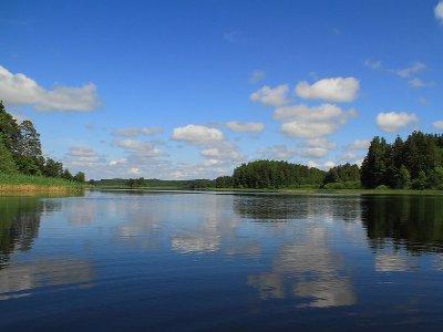 У купавшегося в озере Сапшо мужчины остановилось сердце