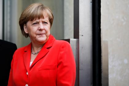 Меркель перечислила главные опасности для мирового сообщества