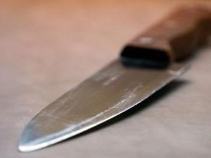 Смолянин в пьяном угаре искромсал жену ножом