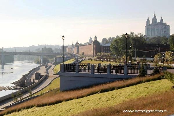 На набережной в Смоленске починят ливнёвую канализацию