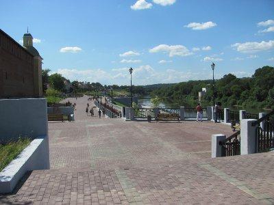 Власти заявили о начале ремонта ливневки на набережной